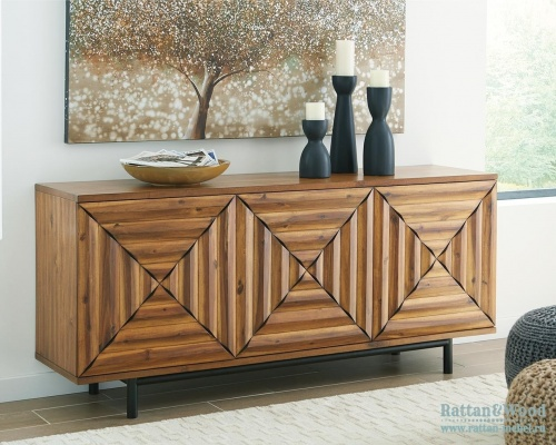 Буфет Fair Ridge, Ashley Furniture